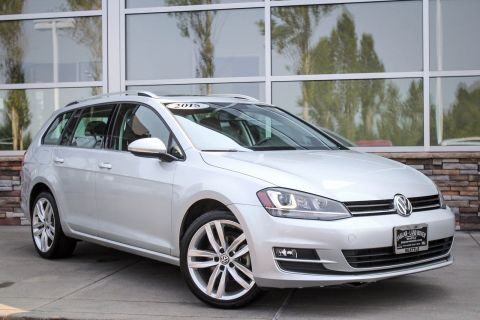 Pre-Owned 2015 Volkswagen Golf SportWagen TDI SEL With Navigation