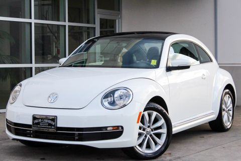 Pre-Owned 2015 Volkswagen Beetle Coupe 2.0L TDI w/Sun/Sound/Nav With Navigation