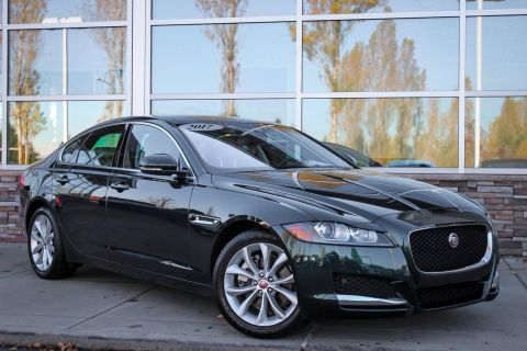 Certified Pre-Owned 2017 Jaguar XF 20d Premium AWD