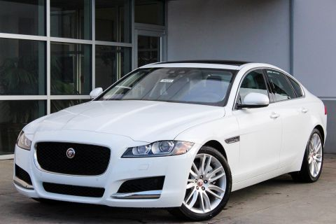 New 2018 Jaguar XF 35t Prestige With Navigation & AWD