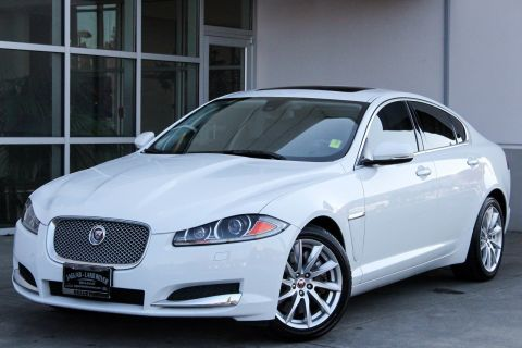 Certified Pre-Owned 2014 Jaguar XF I4 T RWD 4dr Car