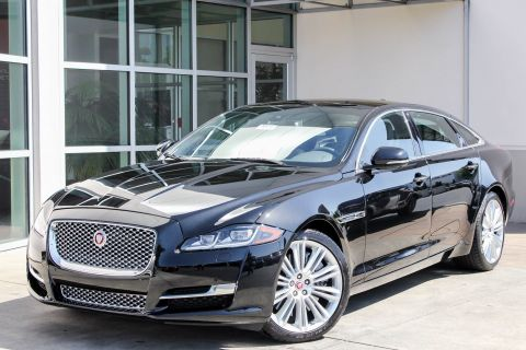 New 2016 Jaguar XJ XJL Supercharged With Navigation