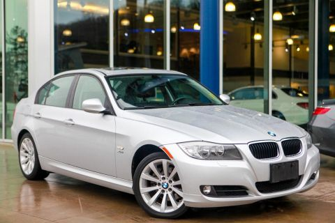 Pre-Owned 2011 BMW 3 Series 328i xDrive With Navigation & AWD
