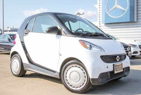 Pre-Owned 2015 smart fortwo Pure RWD 2dr Car