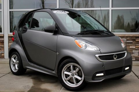 Pre-Owned 2015 smart fortwo Passion RWD 2dr Car