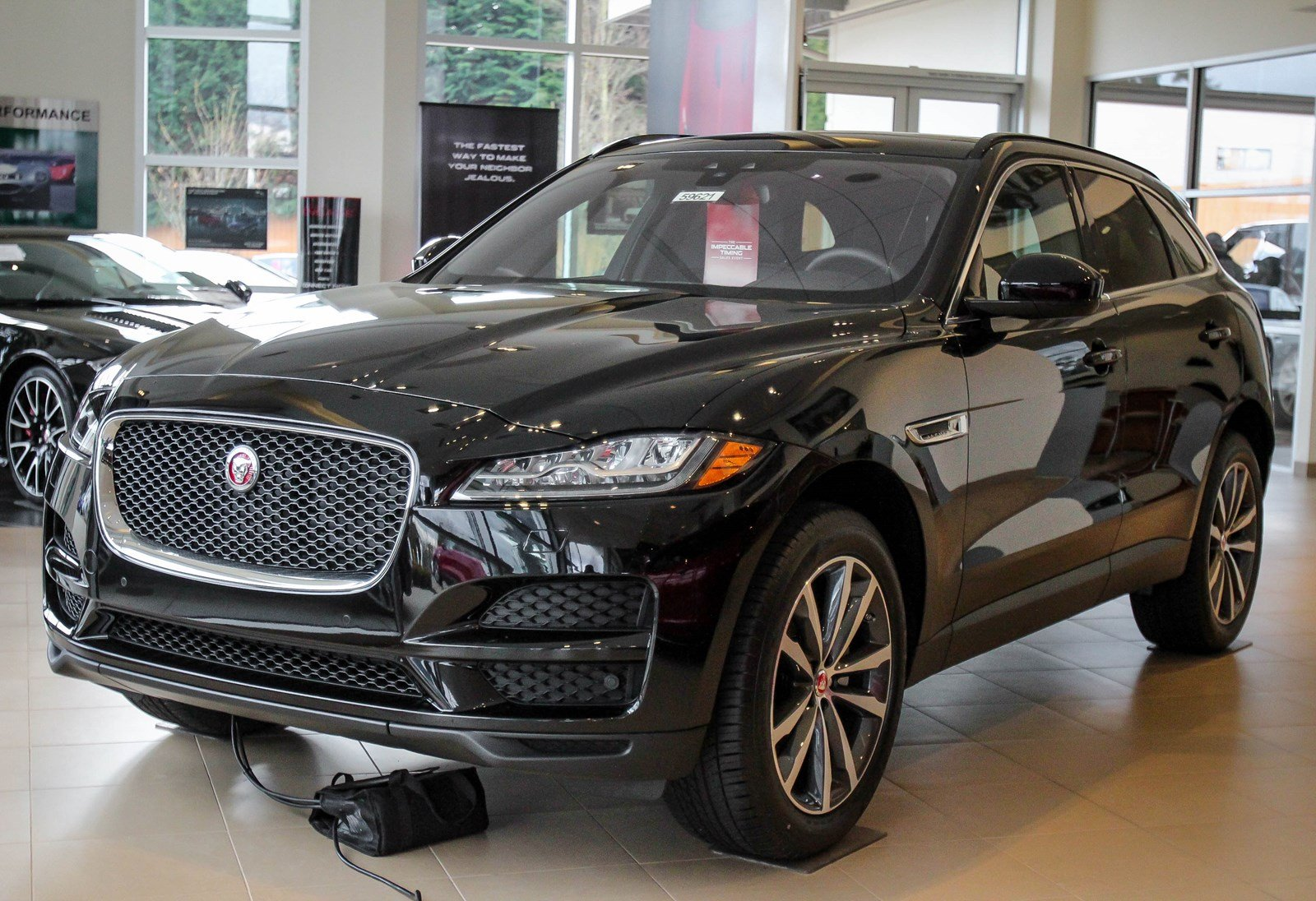 new 2017 jaguar f pace 20d prestige sport utility in lynnwood 59621 jaguar seattle. Black Bedroom Furniture Sets. Home Design Ideas