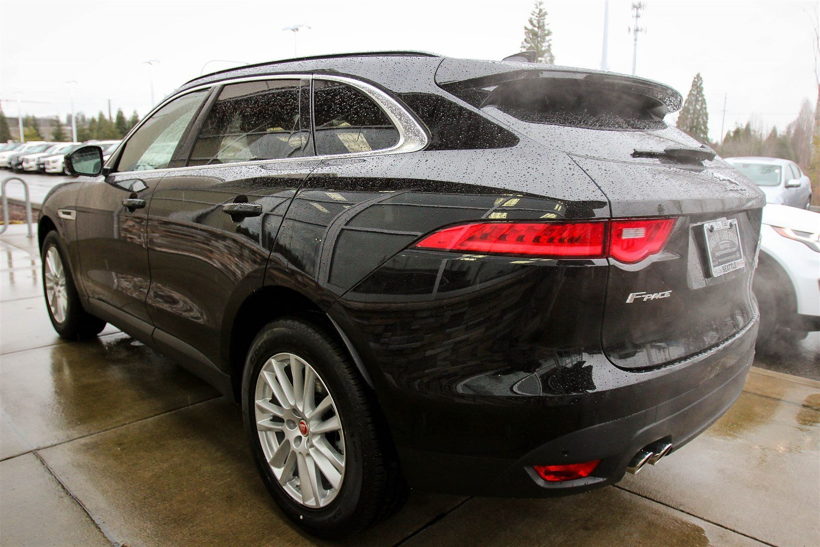 new 2017 jaguar f pace 20d prestige sport utility in lynnwood 59623 jaguar seattle. Black Bedroom Furniture Sets. Home Design Ideas