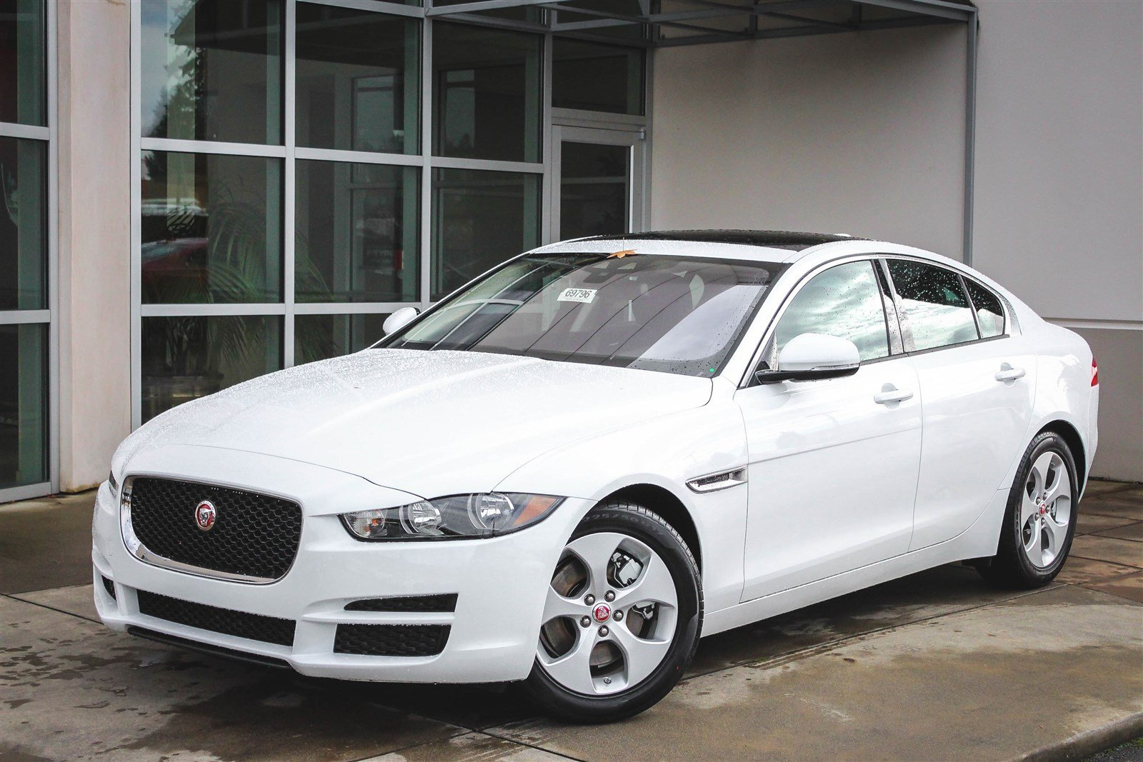 new 2017 jaguar xe 25t 4dr car in lynnwood 59570 jaguar. Black Bedroom Furniture Sets. Home Design Ideas