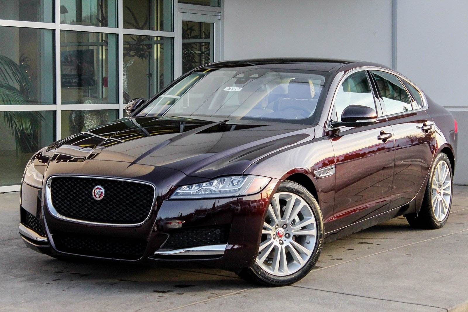 New 2018 Jaguar XF 25t Prestige