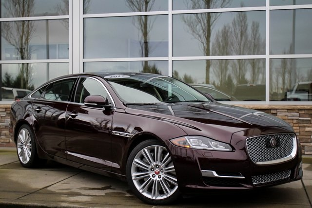Pre-Owned 2017 Jaguar XJ XJL Supercharged
