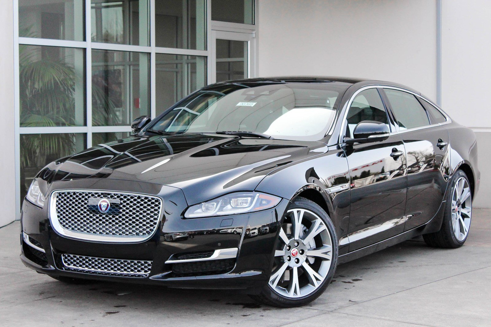 new 2018 jaguar xj xjl portfolio 4dr car in lynnwood. Black Bedroom Furniture Sets. Home Design Ideas